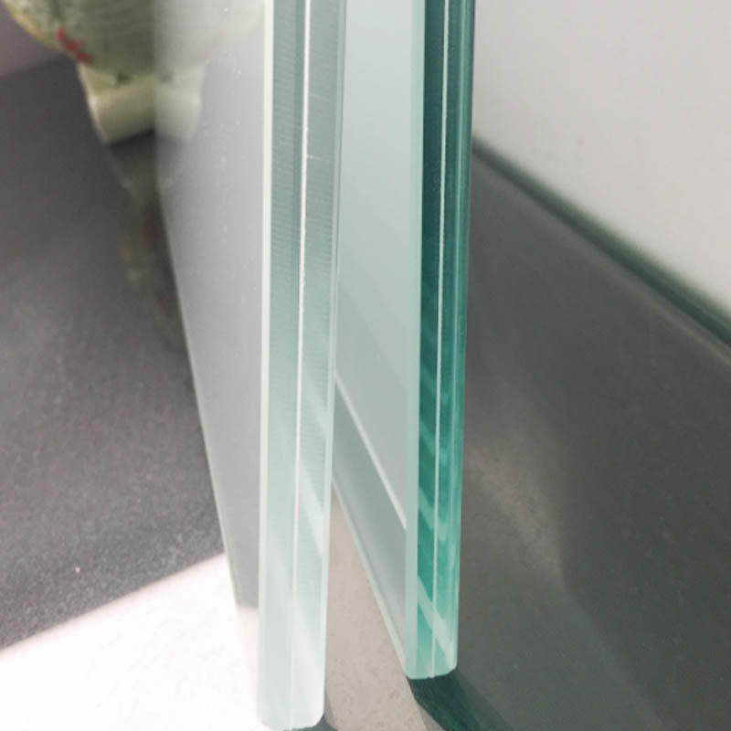 Milky white PVB translucent laminated glass
