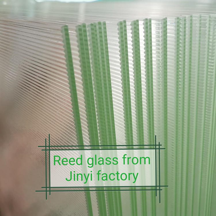 Low iron reed glass ultra clear fluted textured glass for decorative partition